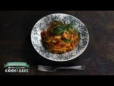 "Cook this Jamie Oliver prawn recipe, an easy pasta recipe and classic prawn linguine. Cook & Save with Jamie. ""Get Jamie Oliver pasta recipe & shop ingredien. Jamie Oliver Recipe Videos, Chef Jamie Oliver, Jamie's Recipes, Easy Pasta Recipes, Cooking Recipes, Prawn Linguine, Linguine Recipes, Italian Menu, World's Best Food"