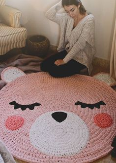 Crochet Bear Rug for Kids Room Free Pattern IF I only could read diagrams. - Kids Rugs - Ideas of Kids Rugs - Crochet Bear Rug for Kids Room Free Pattern IF I only could read diagrams. Crochet Diy, Crochet Bear, Crochet Home, Crochet Gifts, Crochet For Kids, Crochet Dolls, Crochet Rugs, Crochet Children, Knitted Dolls