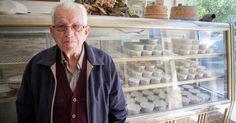 Ένας γαλατάς 89 ετών στην Ηλιούπολη φτιάχνει το καλύτερο παγωτό στην πόλη