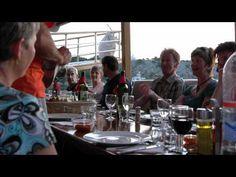 Fietsen & varen in Kroatië  Lekker zeilen van het een naar het andere sprookjeseiland. Daar heerlijk fietsen met de zon in het gezicht en de zeewind door de haren. Onderweg olijven, vijgen en laurier. Prachtige uitzichten over de Adriatische zee. Bezoek aan historische, maritieme plaatsen als Mali Losinj en de fraaie 'vier-toren stad' Rab. Besluit na een duik in zee de zwoele avond met een goed glas wijn aan dek. Ook mogelijk met e-bike.