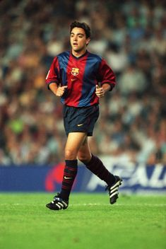 Xavi Barcelona, Barcelona Team, Xavi Hernandez, Football Soccer, Football Players, Euro 96, Best Player, Agent 47, Legends