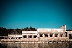 Gefängnisinsel Goli Otok - Norbert Eder Photography Abandoned Places, Mansions, House Styles, Photography, Small Island, Photograph, Manor Houses, Villas, Fotografie