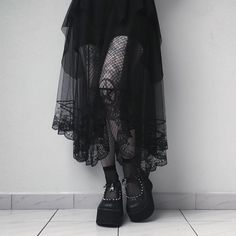 Shared by zhopa. Find images and videos about girl, fashion and style on We Heart It - the app to get lost in what you love. Alternative Outfits, Alternative Fashion, Alternative Style, Dark Fashion, Gothic Fashion, Looks Style, Style Me, Goth Style, Style Streetwear
