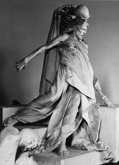 Rinaldo Carnielo (1853-1910) Tenax Vitae (19th cent) An exact copy, because the original was lost among others during the WW II