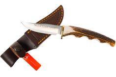 Faca Muela BW-7A  Faca Muela modelo Bowie, em aço Molibdênio Vanádio. Guarda mão de bronze e cabo inteiriço em chifre de cervo. Acompanha bainha de couro marrom com passante normal.  Informações Técnicas   Peso bruto: 173g - Peso líquido: 69g Comprimento: total 190 mm/ lâmina 85 mm Espessura da lâmina: 2 mm - Aço: Molibdênio Vanádio