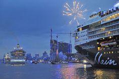 Mein Schiff / Hamburg Hafen / Blue Port Hamburg / Auslaufparade / Elbphilarmonie
