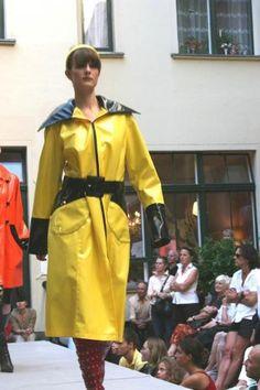 Vinyl Raincoat, Pvc Raincoat, Yellow Raincoat, Rain Wear, Woman, Clothing, How To Wear, Jackets, Fashion