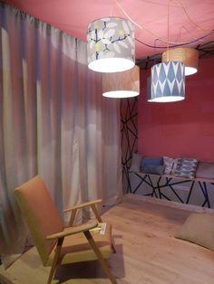 Voltaire et Dagobert - Aménagement . #créatybreizh #stmalo #voltaireetdagobert #artisanat #ameublement #fauteuil #luminaire #coussin St Malo, Lighting, Home Decor, Arredamento, Handicraft, Lounge Chairs, Light Fixture, Home Ideas, Decoration Home