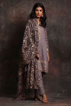 Shop the Nida Azwer Official Website. Browse the latest Pret, Semi-formal and Bridal collections, explore our campaigns and discover our traditional Craft Revival techniques. Pakistani Fashion Casual, Pakistani Outfits, Muslim Fashion, Indian Outfits, Indian Fashion, Pakistani Clothing, Pakistani Wedding Dresses, Indian Dresses, Shadi Dresses