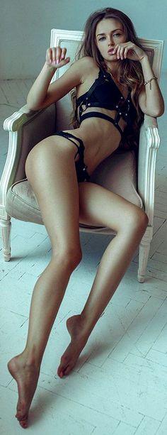 amateur latino changing big panties