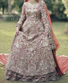 New Bridal Dresses, Pakistani Wedding Dresses, Pakistani Bridal Couture, Nikkah Dress, Girls Mirror, Wedding Outfits, Bridal Fashion, Frocks, Brides