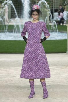 Fashion Week Paris Spring/Summer 2018 look 3 from the Chanel collection couture Spring 2018 Fashion Trends, Fashion 2018, Fashion Week, Spring Fashion, High Fashion, Fashion Outfits, Fashion Tips, Chanel Couture, Women's Runway Fashion