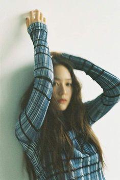 Krystal Fx, Jessica & Krystal, Jessica Jung, Krystal Jung Fashion, Character Aesthetic, Kpop Girls, Asian Girl, Korea, Photoshoot