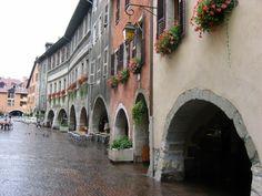 The canals of Annecy, Haute-Savoie, Rhône-Alps, France.