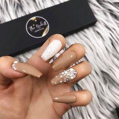 Glossy Brown Nude Pearl Glitter Crystal Press On Nails Wedding Acrylic Nails, Cute Acrylic Nails, Glue On Nails, Glitter Nails, Cute Nails, My Nails, Brown Acrylic Nails, Wedding Nails, Nails On Fleek