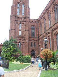 Day 9: Washington, DC - Smithsonian Institute Castle