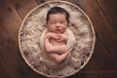 Affordable Newborn Baby Photography in Los Angeles. Serving Santa Monica, Culver City, South Bay, Hollywood, and West Los Angeles. Newborn Baby Photography, Newborn Session, Newborn Photographer, West Los Angeles, My Favorite Image, Newborn Pictures, Studios, Cute, Newborn Monthly Photos
