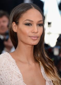 The Joan Smalls-Inspired Summer Makeup Look You Can Easily Do at Home