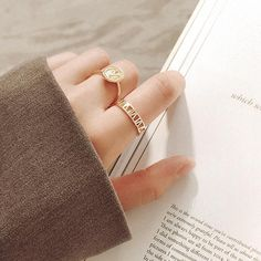 Roman Numeral Ring, Roman Numerals, Amelie, Wedding Ring Bands, Bling, Relationship, Jewellery, Engagement Rings, Future