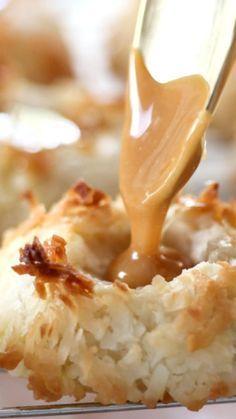 Salted Caramel Coconut Thumbprints Recipe- best cookies ever! Köstliche Desserts, Delicious Desserts, Dessert Recipes, Yummy Food, Plated Desserts, Holiday Baking, Christmas Baking, Christmas Cookies, Bon Dessert