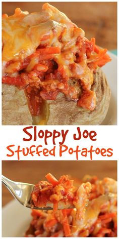 Whip up a quick and easy Sloppy Joe Potato for dinner, and enjoy your favorite sandwich as a neat and tidy meal! #sloppyjoes #bakedpotatoes #kidfood
