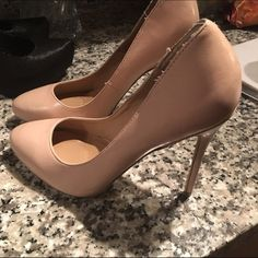 New Steve Maddens nude pumps size 7 1/2 These are too small and my new puppy got s hold of them for s minute. Can't tell when warring them but low price because of it. Goodwill bound next week. Steve Madden Shoes Heels