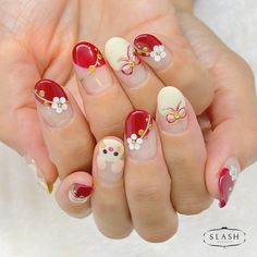 Chinese New Year Nail Art Inspirations for the Year of the Rat - Dehily New Year's Nails, Red Nails, French Manicure Acrylic Nails, Sunflower Nail Art, Kawaii Nail Art, New Years Nail Art, Red Nail Designs, Japanese Nail Art, Sparkle Nails