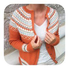 Grete kofte by Knitting Inna Norwegian Knitting, Fair Isle Pattern, Fair Isle Knitting, Funky Fashion, Knitted Bags, Yarn Crafts, Fair Isles, Knitting Patterns, Knit Crochet
