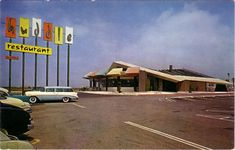 Googie Architecture - West Covina, California Vintage Postcard-Huddle Restaurant Eastland Shopping Center old cars Vintage Tin Signs, Vintage Postcards, Vintage Cars, California History, Southern California, Vintage California, San Gabriel Valley, West Covina, Googie