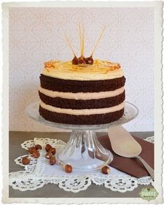 Tarta de chocolate, praliné y caramelo salado / Chocolate, praline and salted caramel layer cake