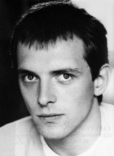 Rik Mayall--the Young Ones.he was always my fav. Rik Mayall Bottom, English Drama, Comedy Duos, Young Celebrities, Movie Lines, Celebrity Wallpapers, Young Ones, Before Us, Music Tv