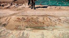 Archeologové našli vzácnou mozaiku na odlehlých kyperských polích– Novinky.cz