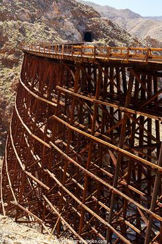 Stock pictures of Goat Canyon Trestle, Carrizo Gorge Railroad Track in Anza-Borrego Desert State Park, California, by professional photographer Ron Niebrugge Railroad Bridge, Railroad Tracks, Las Vegas, Old Trains, Train Tracks, Train Station, Model Trains, Architecture, State Parks