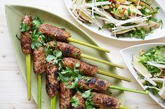 Kublanka vaří doma - Vietnamské Nem Lui se salátem z mladého pak choi