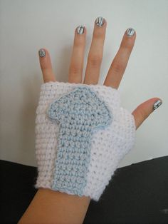 Avatar: The Last Airbender Aang Inspired Wristers via Etsy The Last Airbender Anime, Avatar The Last Airbender, Nerd Merch, Avatar Cartoon, Air Bender, Anime Nerd, Cosplay, To Color, Knitted Gloves