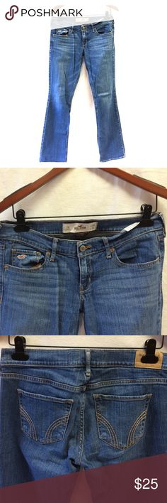 Hollister Social Stretch Jeans. W28. L33. 7R. Perfect worn in jeans. Super durable. Good condition. Hollister Jeans Straight Leg