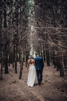 Heriots Point Vineyard wedding in Castle Forbes Bay   Photography by Fiona Vail