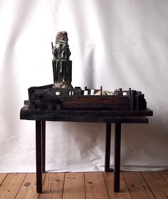 The People Who Came From The Sea Sculpture for Siegfried Loraine Sassoon (Siegfried Sassoon) Sea Sculpture, Entryway Tables, People, Projects, Home Decor, Log Projects, Blue Prints, Decoration Home, Room Decor