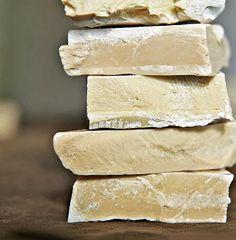 Πράσινο Σαπούνι: Η ελληνική προέλευση, οι ευεργετικές ιδιότητες και τα υλικά για να φτιάξετε το δικό σας Feta, Kai, Crafts, Beauty Tips, Natural, Fitness, Scrappy Quilts, Manualidades, Handmade Crafts
