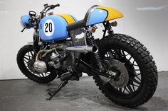 Kevils LeMan - Kev Hill fell in love with motorcycles in the 1970s after his dad took him to the Bristol Motorcycle show, and luckily for all of us this passion has remained, resulting in Kev and his crew creating their own brand of cafe custom BMWs in his Devon workshop. ..