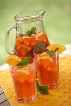 Fat flushing cooler In a large pitcher, combine 2 quarts brewed green tea with slices of orange, lemon, and lime to give it a citrusy sweet punch. Enjoy up to 1 pitcher a day. #OrangeTea #TeaTime