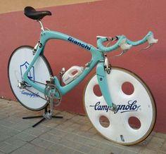 Cycling Art, Cycling Bikes, Cycling Quotes, Cycling Jerseys, Bicycle Garage, Bike Art, Bicycle Design, Vintage Bicycles, Road Bikes