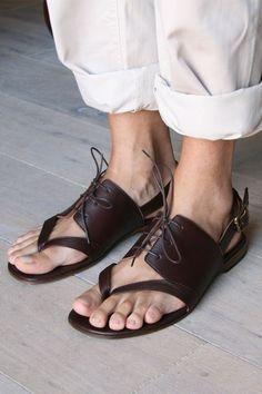 Hoy traigo algo con las chanclas... .chiemihara mens sandals