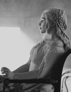 Game Of Thrones Hair Styles – Hair Care Tips Emilia Clarke Daenerys Targaryen, Game Of Throne Daenerys, Queen Of Dragons, Mother Of Dragons, Winter Is Here, Winter Is Coming, Emelia Clarke, Game Of Thrones Winter, Movies