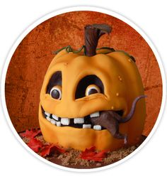 She has a bakery named Lovin' From The Oven (you may have seen her cakes featured in previous posts) and has created a free 'Wicked Pumpkin Cake' tutorial fo… Halloween Fondant Cake, Bolo Halloween, Halloween Birthday Cakes, Halloween Food For Party, Halloween Treats, Halloween Decorations, Unique Cakes, Creative Cakes, Fancy Cakes