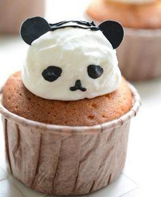 パンダのマフィン Funny Food, Food Humor, Cute Food, Good Food, Panda Cupcakes, Bento Food, Bento Recipes, Kinds Of Desserts, Edible Food