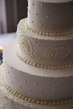 Paisley design. A Spoon Fulla Sugar, Wedding Cakes, Cincinnati