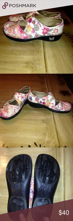 Floral  comfortable Algeria nursing shoes Adorable, get tons of compliments on these Alegrias which are broken in and feel like a soft supportive slipper. 14 hour days and still a bounce in your step at the end of the day. Mild scuff on right toe, soles normal wear, tons of years left in these beauties. Unicorn print no longer made. Alegria Shoes Mules & Clogs