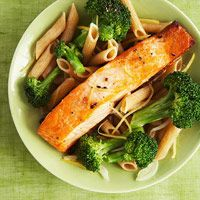 Bites: Recipes That Fight Cancer If you want a nutrient-packed meal tonight, try this healthy lemon-butter salmon and broccoli penne recipe.If you want a nutrient-packed meal tonight, try this healthy lemon-butter salmon and broccoli penne recipe. Healthy Recipes, Healthy Cooking, Healthy Snacks, Cooking Recipes, Delicious Recipes, Protein Recipes, Superfood Recipes, Easy Recipes, Easy Meals