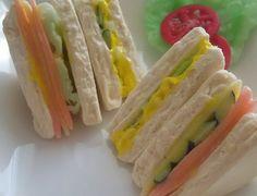 【簡単フェイクフード】三角サンドイッチの作り方!パーティーの定番アイテム! | ハンドメイド専科